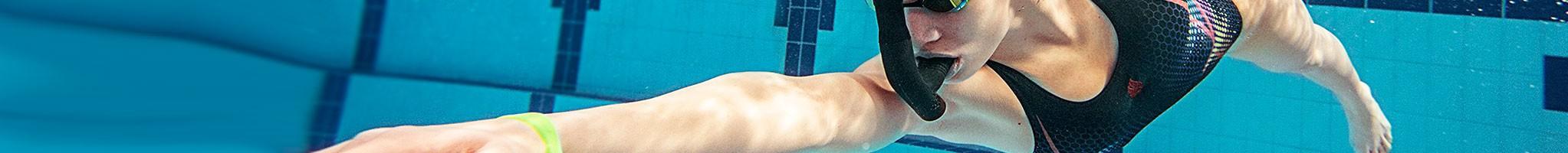Equipo para entrenar natación